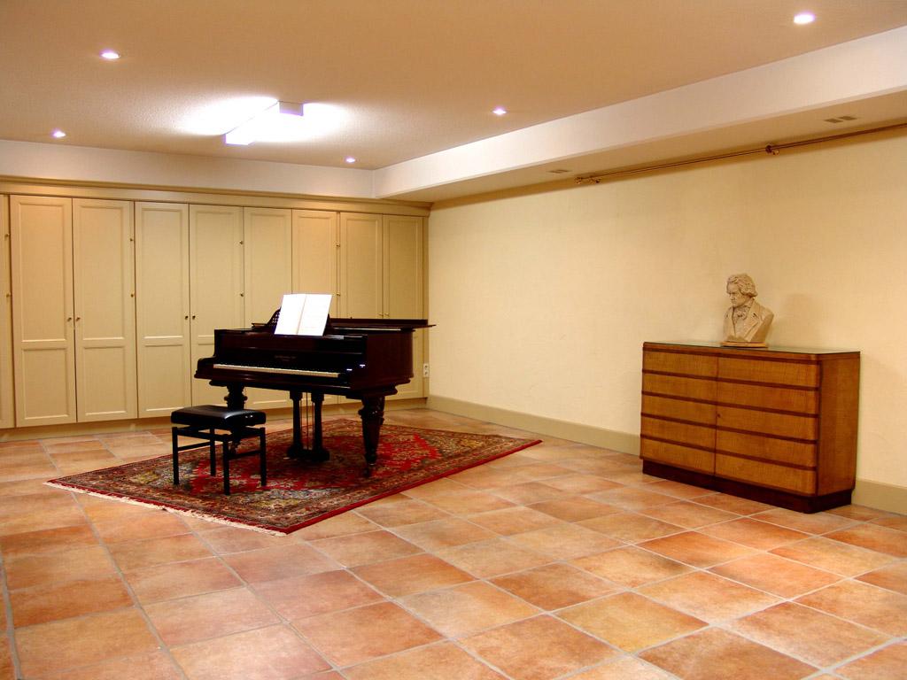 pianokamer kelder.jpg
